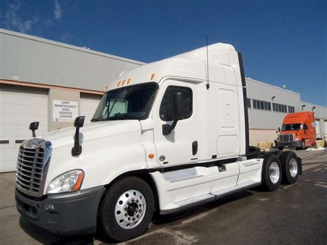 semi truck sleepers 2011 freightliner cascadia 113 sleeper semi truck for sale