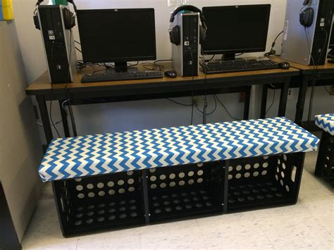 ketchin    riley   diy crate benches