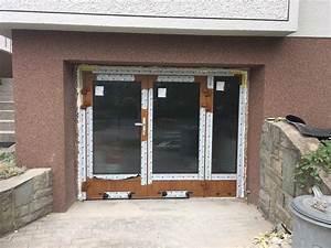 Hliníkové dvoukřídlé dveře