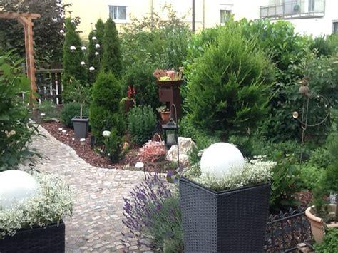reihenhausgarten ohne rasen reihenhausgarten ohne rasen brunner erika garten