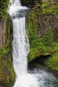Klamath Falls Waterfall Hike