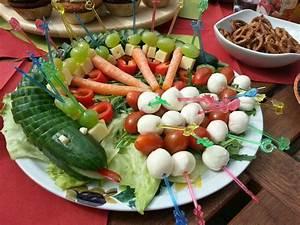Gemüse Für Kinder : gurkenschlange im gem sebeet rezept gem se f r kinder ~ A.2002-acura-tl-radio.info Haus und Dekorationen