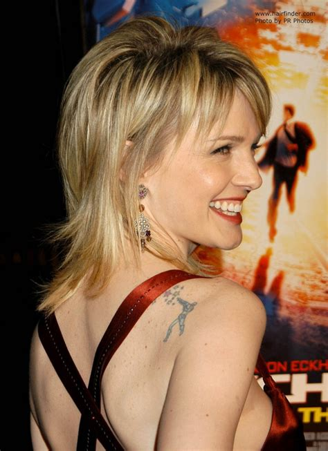 kathryn morris hair cut   classical shag  razored ends