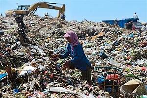 Smelly and contaminated, the world's open dumps are ...