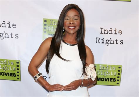 'Saved by the Bell's' Lark Voorhies Secretly Marries A Man ...