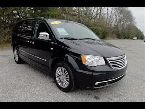 town und country musterhaus 2014 chrysler town country touring l 30th anniversary edition p10890