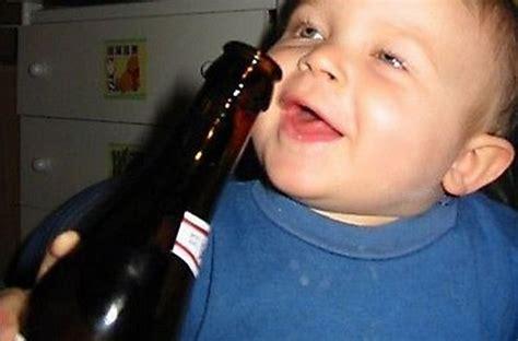 foto unik bayi mabuk berita info video gambar unik dan