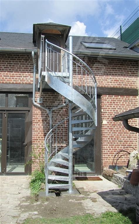 photo dh98 spird 201 co 174 larm 233 escalier ext 233 rieur h 233 lico 239 dal en acier galvanis 233 avec re en fer