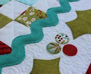 table runner quilting detail The Crafty Quilter