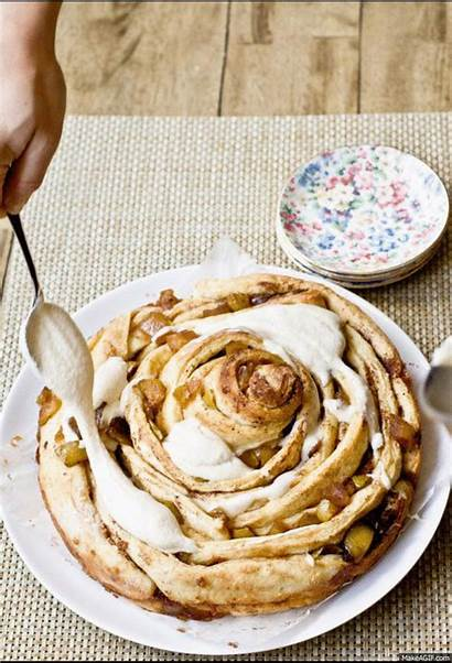 Cinnamon Bun Cheese Cream Caramel Apple Glaze