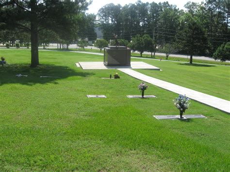 riverwood memorial gardens maumelle ar