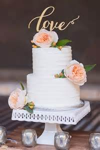 small wedding cakes best 25 small wedding cakes ideas on wedding cupcakes wedding cupcake towers and