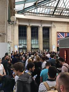 Gare Du Nord Evacuation : paris station evacuated after eurostar bomb scare daily ~ Dailycaller-alerts.com Idées de Décoration