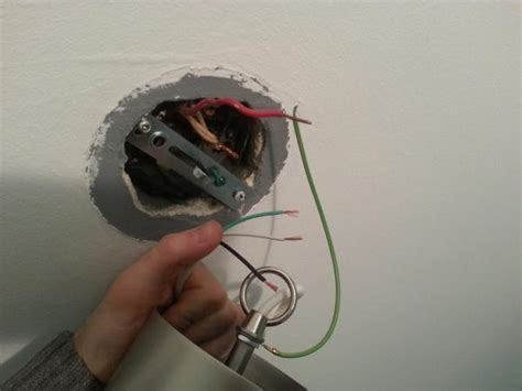 Light Fixture With Ground Wires Doityourself