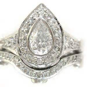 gold pear engagement rings gold engagement ring pear shaped 2