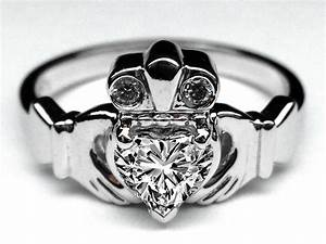 wedding rings claddagh wedding ring emerald claddagh With wedding ring on necklace meaning