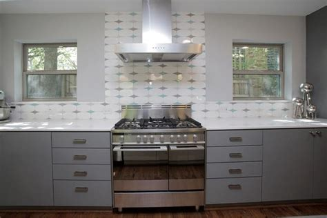 Vintage Kitchen Tile Backsplash by I This Retro Tile On The Backsplash