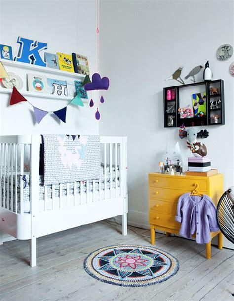 chambre mixte bébé chambre de bébé 25 idées pour une fille décoration