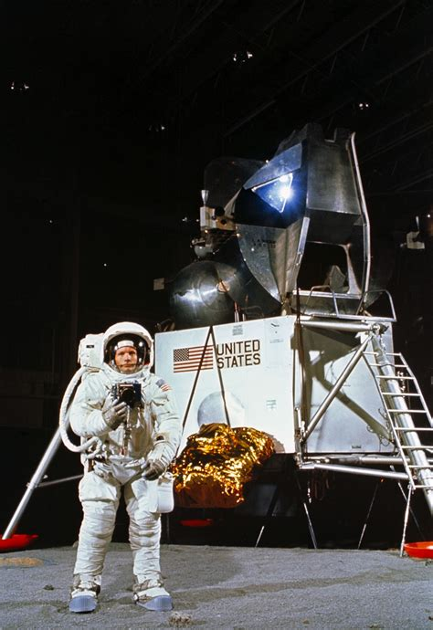 Pilot of Neil Armstrong Rocket - Pics about space