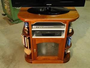 Petit Meuble Tele : meuble tv angles arrondis ebenisterie brettes ~ Farleysfitness.com Idées de Décoration