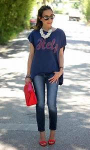 Outfit Falda Negra Zapatos Rojos