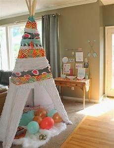 Fabriquer Tipi Enfant : comment fabriquer un tipi 60 id es pour une tente indienne sympa tapis blanc cadeau ~ Voncanada.com Idées de Décoration