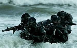 Download Soldiers Army Wallpaper 2200x1366 | Wallpoper #251951