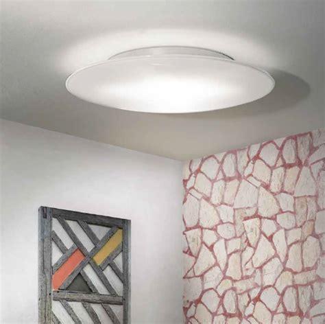 Illuminazione Per Bagni Moderni Plafoniere Per Bagno Moderne Come Sceglierle