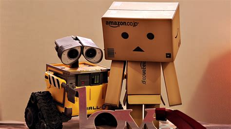 full hd wallpaper wall  robot sad box toy desktop