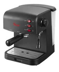 Macchina per caffe espresso italiano cremoso