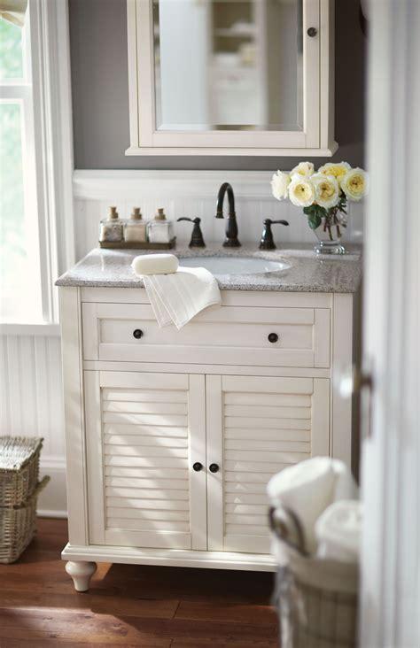 small bath  problem  single vanity