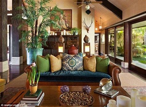 cheryl tiegs puts  balinese inspired bel air mansion