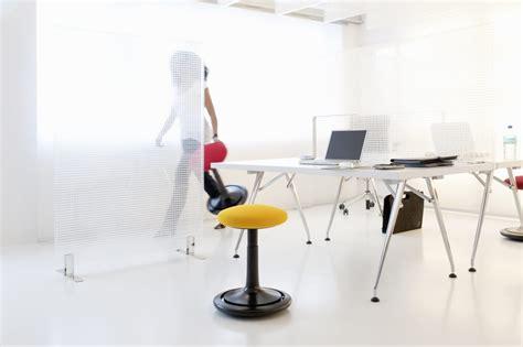 tabouret pour bureau tabouret ergonomique design assis debout assise active move