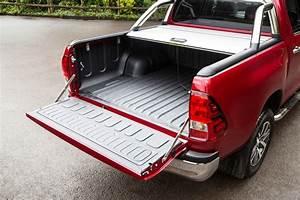 Toyota Hilux Pickup Dimensions  2016