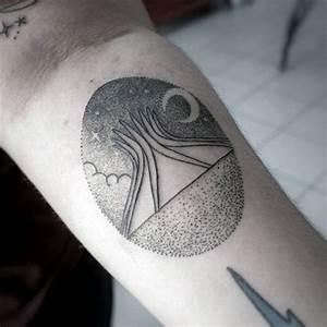 Mini Tattoos Männer : 100 pointillismus tattoo designs f r m nner moderne dot ideen ~ Frokenaadalensverden.com Haus und Dekorationen