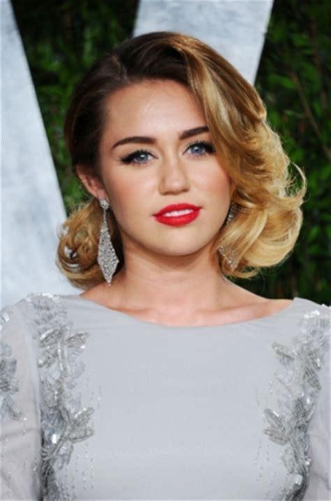 celebrity hairstyles   vanity fair oscar party