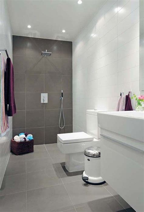 Tile Combinations For Small Bathrooms by Best 25 Grey Bathroom Tiles Ideas On