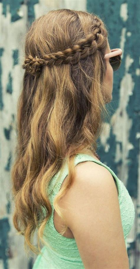summer look with a partial braid and tousled hair braids