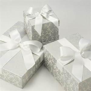 Boxen Zum Verstauen : box boutique brautkleidboxen accessoires boxen tapestry silver ~ Markanthonyermac.com Haus und Dekorationen
