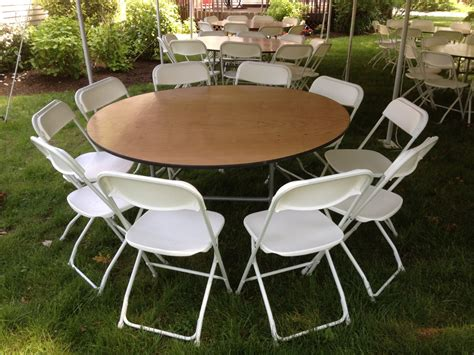 how many chairs at a 60 round table how many chairs fit a 60 round table sesigncorp