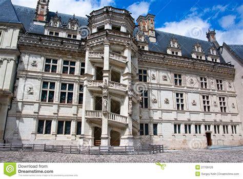 chateau de blois escalier spiral 233 c 233 l 232 bre image libre de droits image 27709126