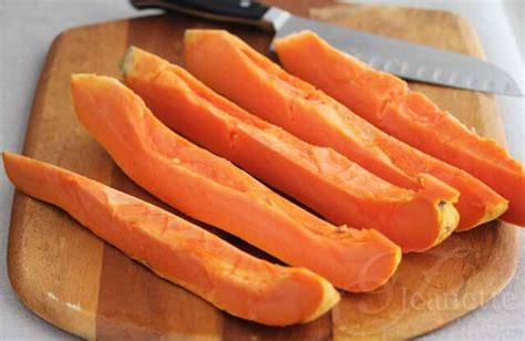 how to cut a papaya how to cut papaya chunks jeanette s healthy living