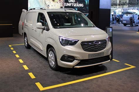 opel combo 2018 vauxhall combo 2018 prices engines and trim levels revealed parkers