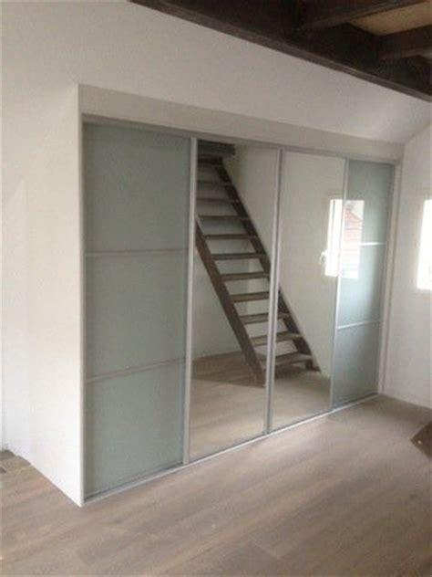 armoire chambre porte coulissante miroir 1000 ideas about porte coulissante miroir on