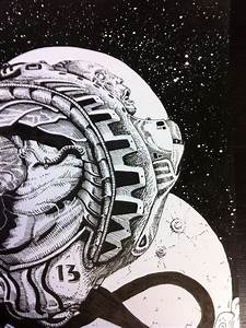 16-Bit Astronaut Skull - Pics about space