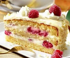 Leckere Einfache Torten : cremige himbeertorte rezept t o r t e n pinterest dessert himbeeren und kuchen ~ Orissabook.com Haus und Dekorationen