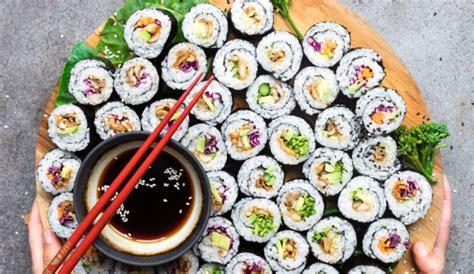 Mushroom Avocado Sushi Rolls (Vegan, Gluten Free) + 4 No