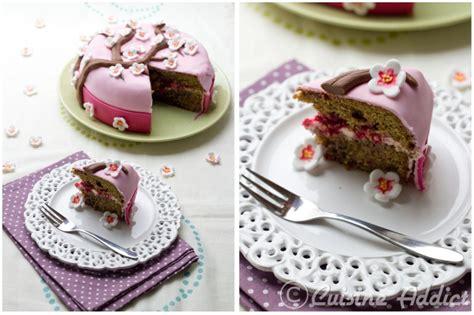 cherry blossom cake un g 226 teau pour f 234 ter le printemps th 233 matcha cr 232 me au beurre l 233 g 232 re 224 la