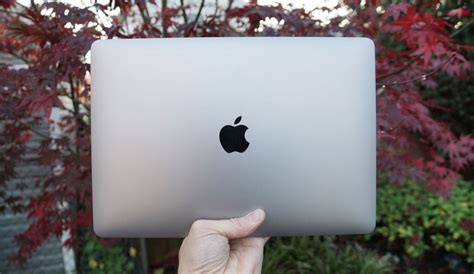 Apple MacBook Air with Apple M1 Chip is an Astonishing ...
