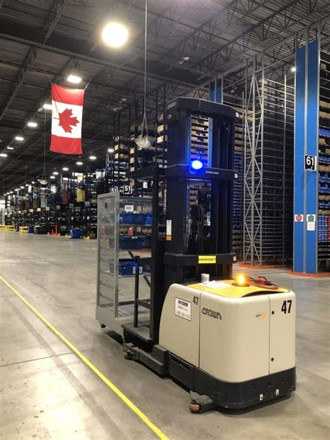 volvo group opens  canadian pdc  milton truck news